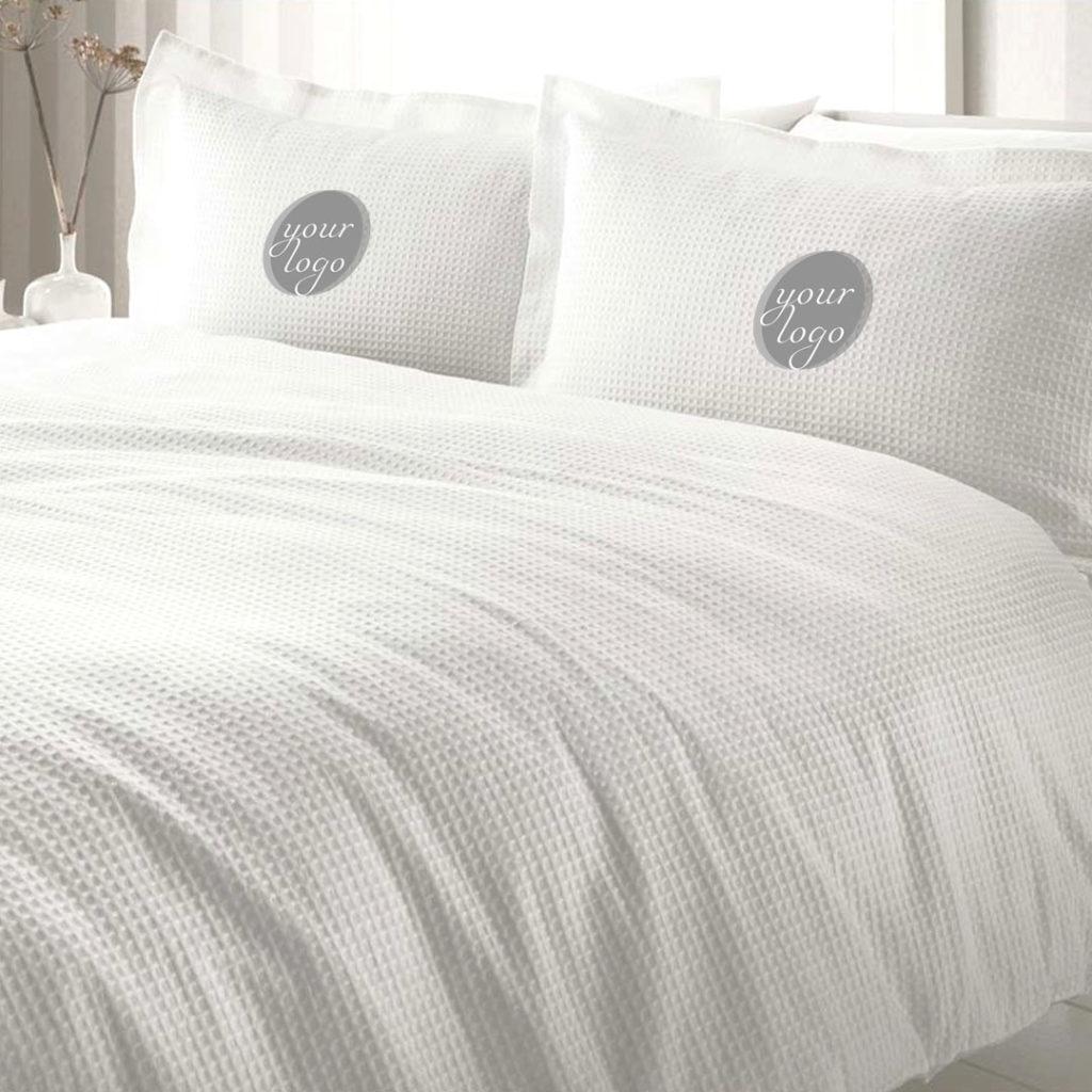 Special design Bed Linen with logo or special pattern or both Spezielles Design Bettwäsche mit Logo oder speziellem Muster oder beidem